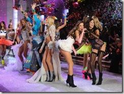Alessandra Ambrosio and Adriana Lima Victorias Secret