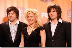 american-country-awards-2011-press- band perry